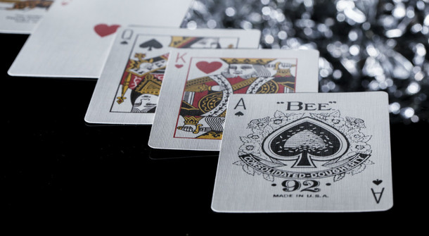 bee black diamond playing cards
